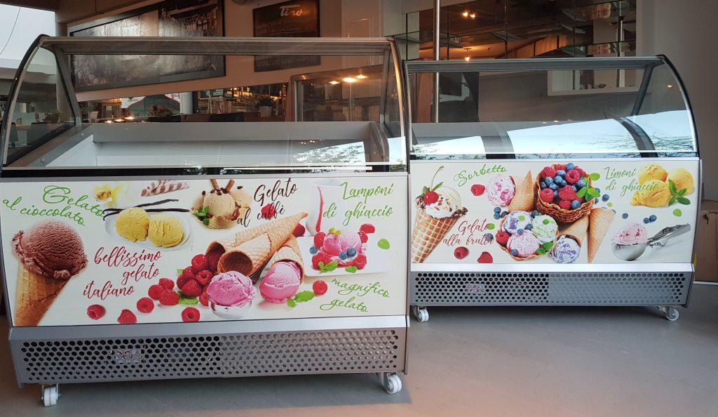 Da Tino / Markthalle Langenhagen - individuelle Eistruhe Gestaltung, Foliendruck inclusive Montage